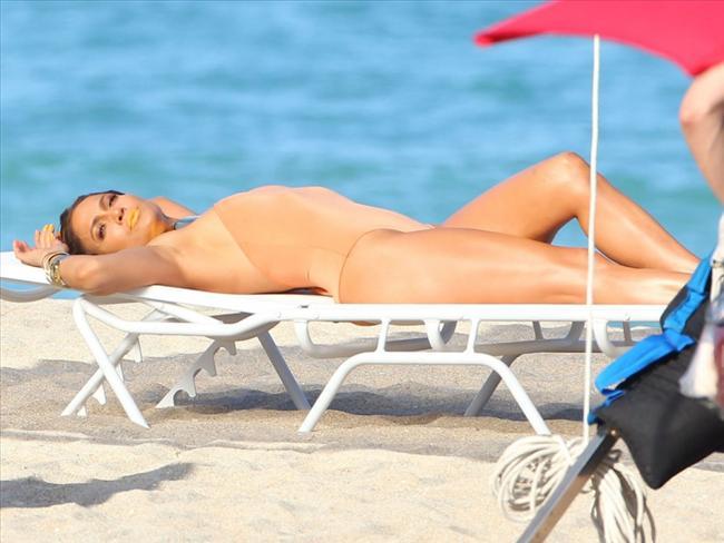 Jennifer Lopez - 18