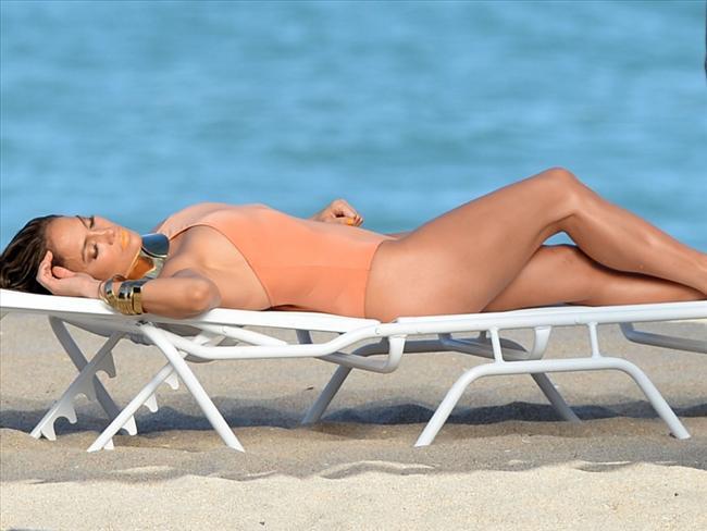 Jennifer Lopez - 20