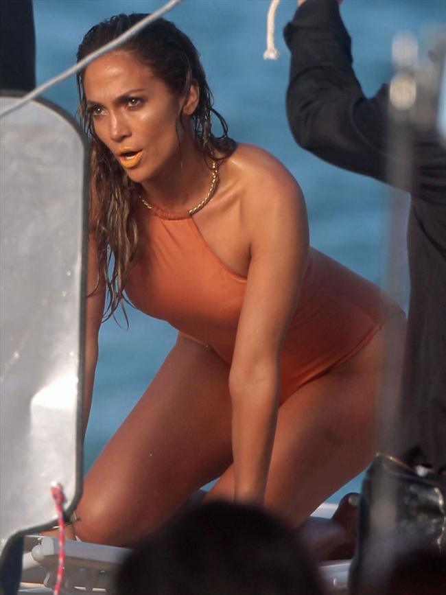 Jennifer Lopez - 15