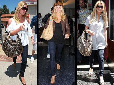 """Jessica Simpson, """"910"""" modeli J Brand marka skinny jean'i içinde oldukça rahat görünüyor..."""