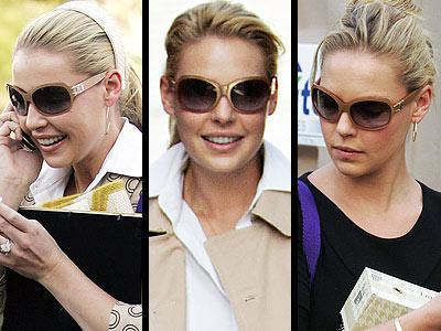 """Katherine Heigl, """"Mega starlar için mega gözlükler"""" kuralını bozmuyor ve Juicy Couture gözlükleriyle Los Angeles sokaklarında gözlüklerinin arkasında saklanarak paparazzilerden kaçmaya çalışıyor..."""