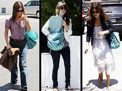 Rachel Bilson, turkuaz renkli piton derisi Tod's marka çantasıyla bütünleşmiş durumda...