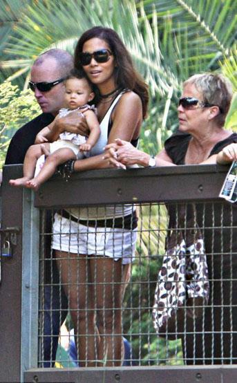 Halle Berry minik kızıyla