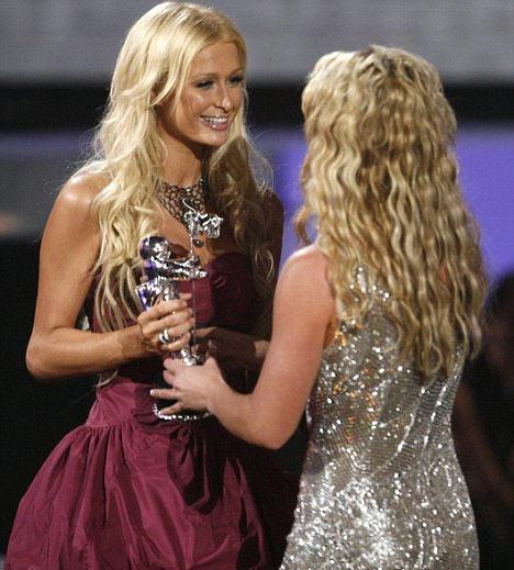 Britney ve Paris Hilton