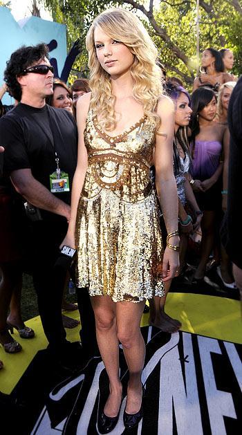 Taylor Swift... Şık!