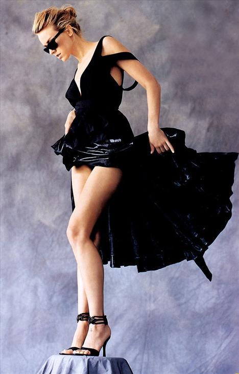Naomi Watts - 39