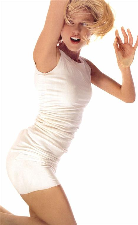 Naomi Watts - 41