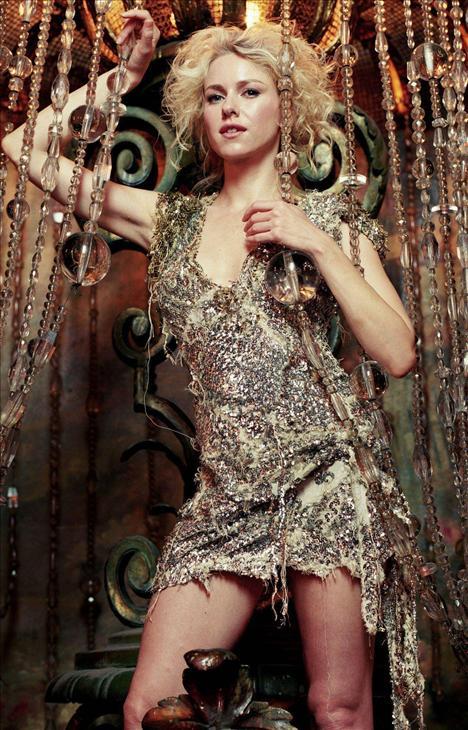 Naomi Watts - 28