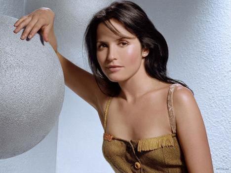 Andrea Corr (1999, 2002)