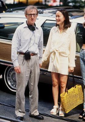 Daha sonra Woody Allen evlatlık kızı Son Yi'ye aşık oldu ve onunla evlendi.