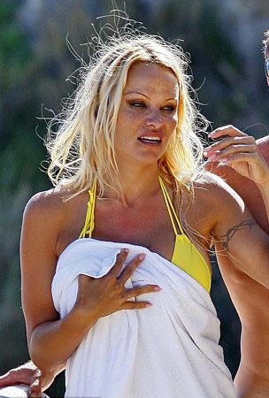 Pamela Anderson - 20