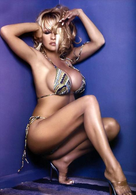 Pamela Anderson - 74