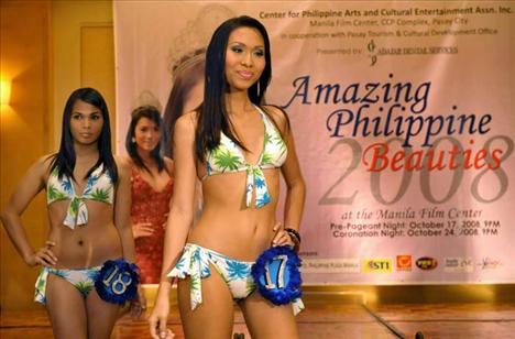 Bikinilerle basının karşısına çıkan transseksüeller bir kadını bile kıskandıracak güzelikteki vücutlarını sergilediler. Filipinler'de transseksüellik çok yaygın. Ancak ülkede cinsiyet değişikliği için bir yasa yok.