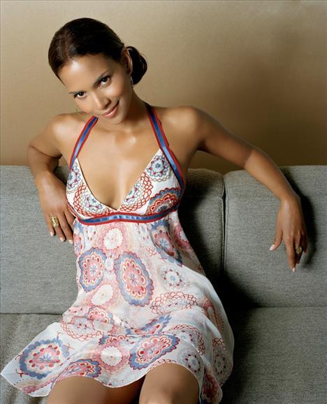 Halle Berry - 50