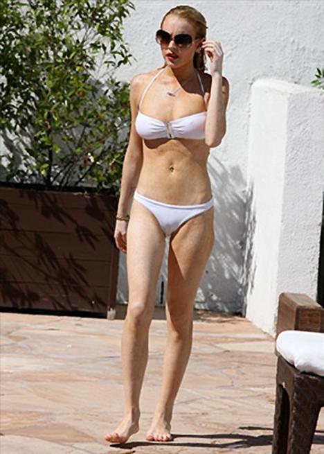 Lindsay Lohan - 86
