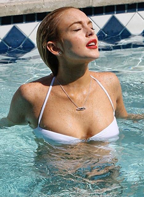 Lindsay Lohan - 89