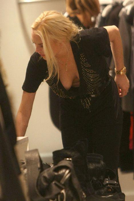 Lindsay Lohan - 75