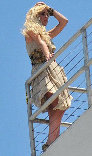 Lindsay Lohan - 32