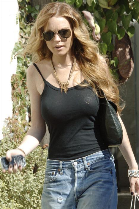 Lindsay Lohan - 187