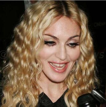 Madonna biraz bakıma ne dersin:)