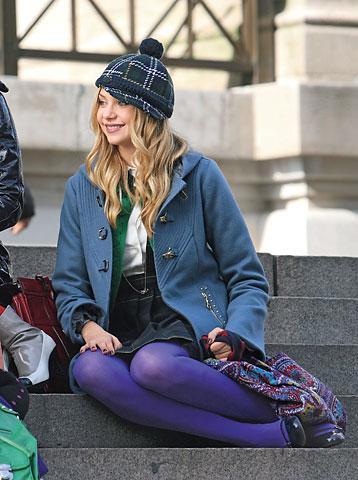 Şapkanız ve vintage çantanız bu kış en iyi arkadaşınız olabilir. Bikaç uyumlu seçenek gardırobunuzda sizin stil kurtarıcınız olarak durmalı.