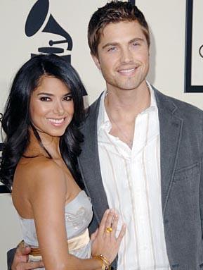 Roselyn Sanchez ve nişanlısı Eric