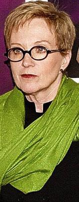 Anne Robinson, 2001