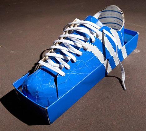 Sürreal topuklar