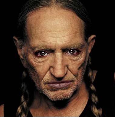 Willie Nelson ve Angelina Jolie karışımı...