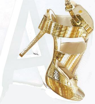 Altın sarısı renkli, bilekten bağlamalı topuklu ayakkabı