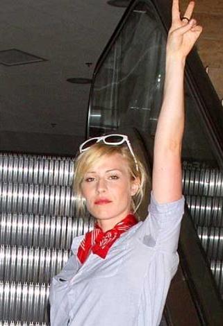 Natasha Bedingfield'ın 'terli' görüntüsü pek hoş değil.