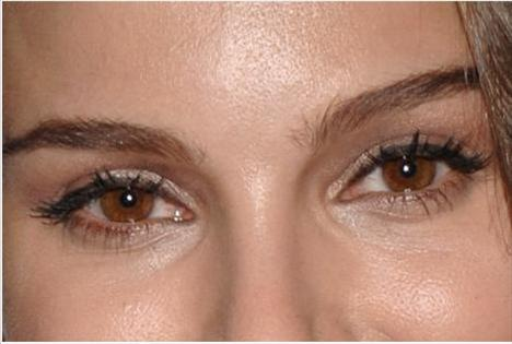 Test: Gözlerinden ünlüyü tahmin edin! - 45