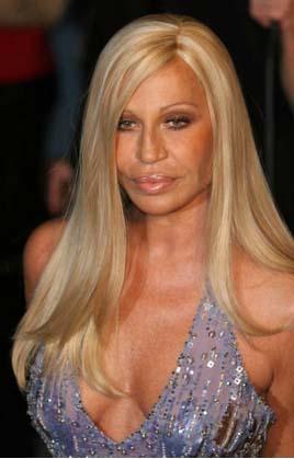 Donatella Versace'nin yüzüne estetik müdahale de yapıldı ama yine de ...