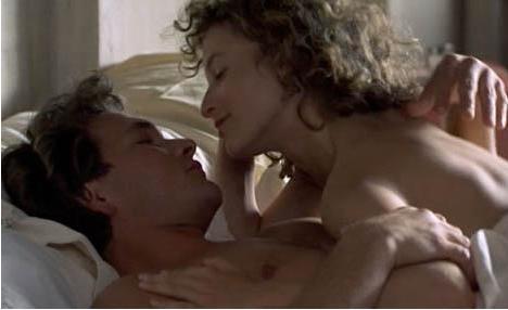 Jennifer Grey ve Patrick Swayze'nin başrollerini paylaştığı Dirty Dancing filmi, hem bütün zamanların en romantik hem de en ateşli filmleri arasında.