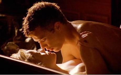 Seks Oyunları filminde faha sonra evlenen Ryan Phillippe ve Reese Witherspoon öylesine etkileyici oynuyorlardı ki..
