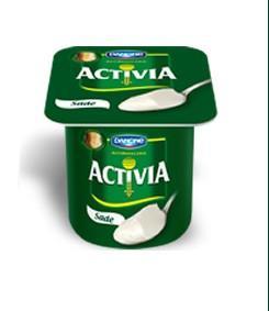 1 adet Danone Activia yoğurt (sade)  İster sabah kahvaltıda istersen de öğleden sonra acıkınca hem lezzetli hem de sindirime faydalı bir alternatif.