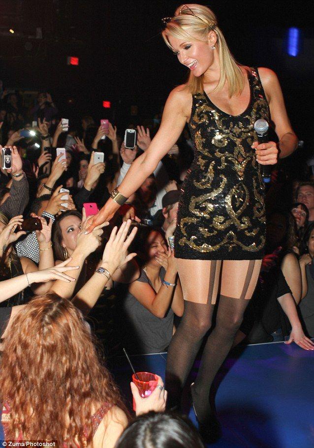 Paris Hilton - 4