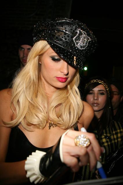 Paris Hilton - 125