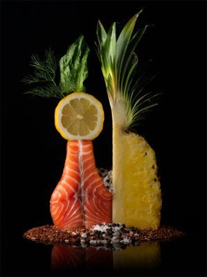 30'lu yaşlar  SORUN: Aşınan eklemler Artrit'in (eklemlerde vücut tarafından üretilen bir iltihap), ileriki yıllara kadar oluşmamasına rağmen, artrite yol açan hasarlar bu yıllarda oluşmaya baslar.   ÇÖZÜM: Her hafta, 150 gramlık üç porsiyon soğuk su balığı ye. Özellikle de somon, uskumru, alabalık, pisi balığı ve beyaz etli ton balığı. Bunların her bir porsiyonu, 1.000 miligramdan fazla OHA ve EPA omega-3 yağ asitleri içerir. İngiltere'de gerçekleştirilen küçük bir araştırmada, her gün bu miktarda balık yağı yenildiğinde, eklem değiştirme ameliyatına girmesi gereken hastaların büyük bir çoğunluğunda, kıkırdak ile beslenen enzimlerin miktarının azaldığı görülmüş.