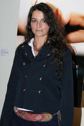 Pitt, Paltrow'dan ayrıldıktan sonra 1997'de bir süre Alman yönetmen Katja von Garnier ile birlikte oldu.
