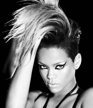 Rihanna - 4